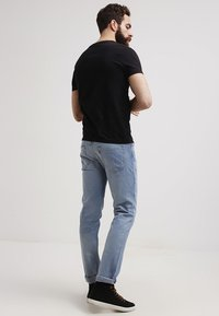 GANT - THE ORIGINAL  SLIM FIT - T-shirt - bas - black - 2