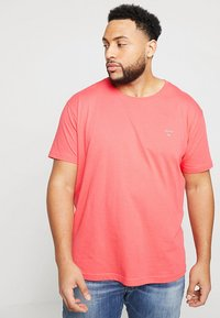 GANT - Camiseta básica - watermelon red - 0