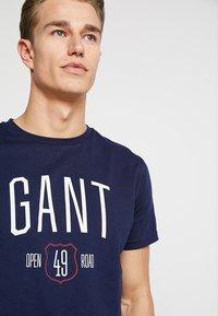 GANT - GRAPHIC  - T-shirt imprimé - evening blue - 4