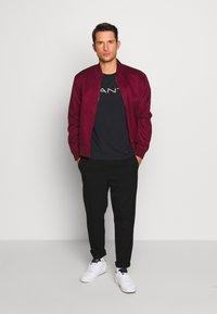 GANT - STRIPE - Camiseta estampada - black - 1