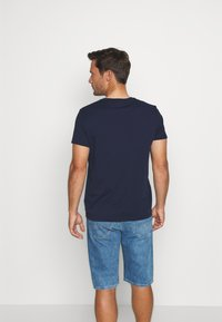 GANT - THE SUMMER LOGO - T-shirt med print - evening blue - 2