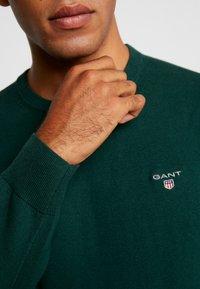 GANT - CREW - Strikkegenser - tartan green - 5