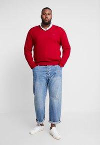 GANT - PLUS  - Sweter - red - 1
