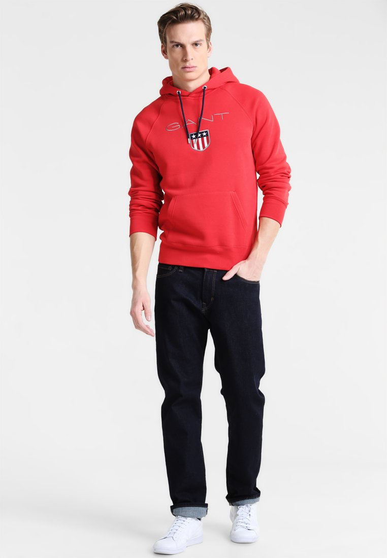 GANT SHIELD HOODIE - Jersey con capucha - bright red