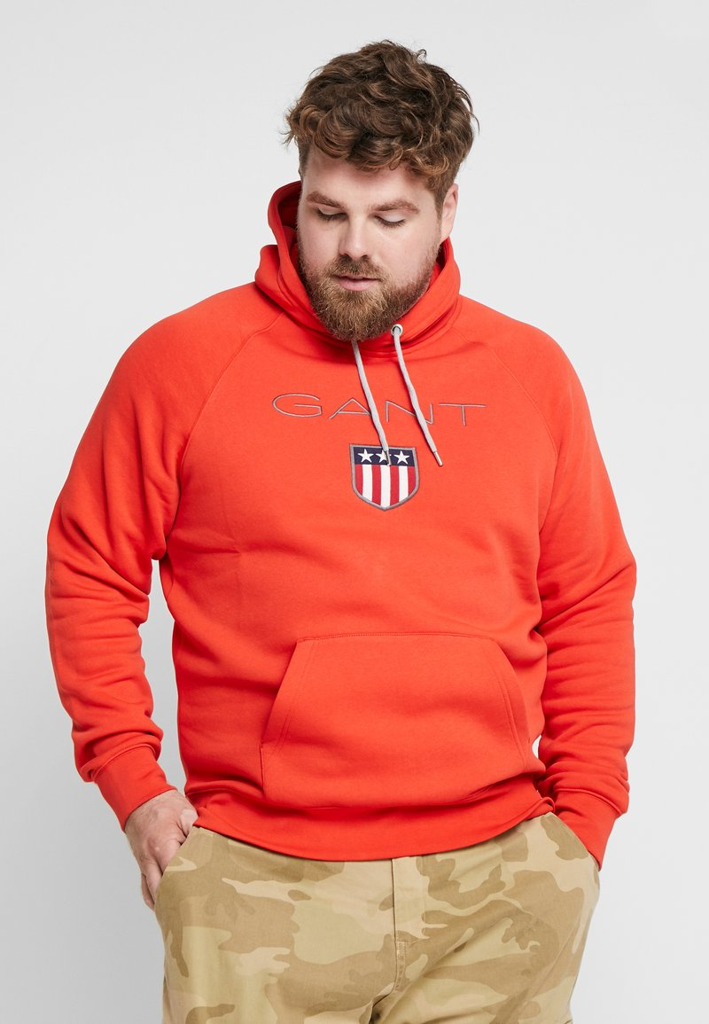 GANT - PLUS SHIELD HOODIE - Hoodie - blood orange