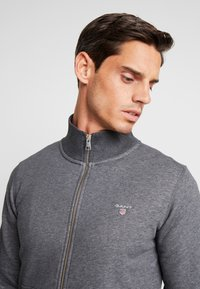 GANT - THE ORIGINAL FULL ZIP CARDIGAN - Felpa aperta - antracit melange - 3