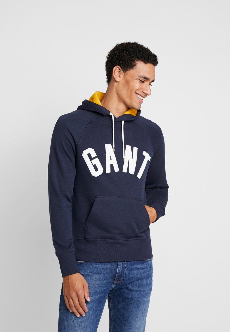 GANT - GRAPHIC HOODIE - Hoodie - evening blue