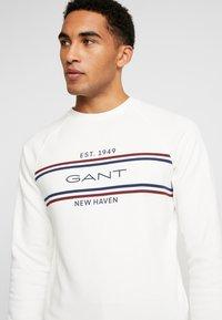 GANT - STRIPE NECK  - Sweatshirt - eggshell - 4