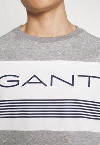 GANT - STRIPE C-NECK - Sweatshirt - grey melange - 5