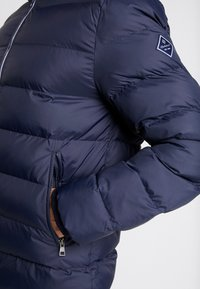 GANT - THE ACTIVE CLOUD JACKET - Chaqueta de invierno - evening blue - 6