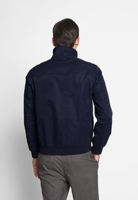 GANT - THE SPRING HAMPSHIRE JACKET - Lehká bunda - evening blue - 2