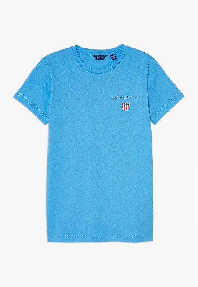 MEDIUM SHIELD  - Camiseta básica - pacific blue