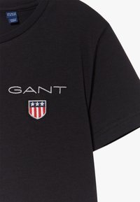 GANT - MEDIUM SHIELD  - Jednoduché triko - black - 3