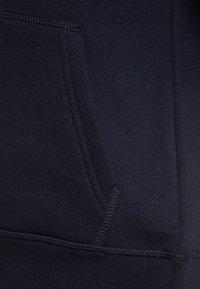 GANT - SHIELD LOGO HOODIE - Huppari - evening blue - 2