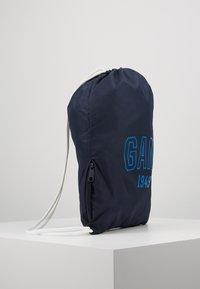 GANT - GYM SACK - Sportovní taška - evening blue - 4