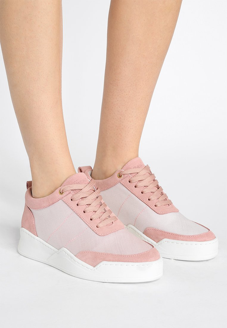 GARMENT PROJECT - BASE - Sneakers - baby pink