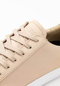GARMENT PROJECT - TYPE - Sneakers basse - cream - 2