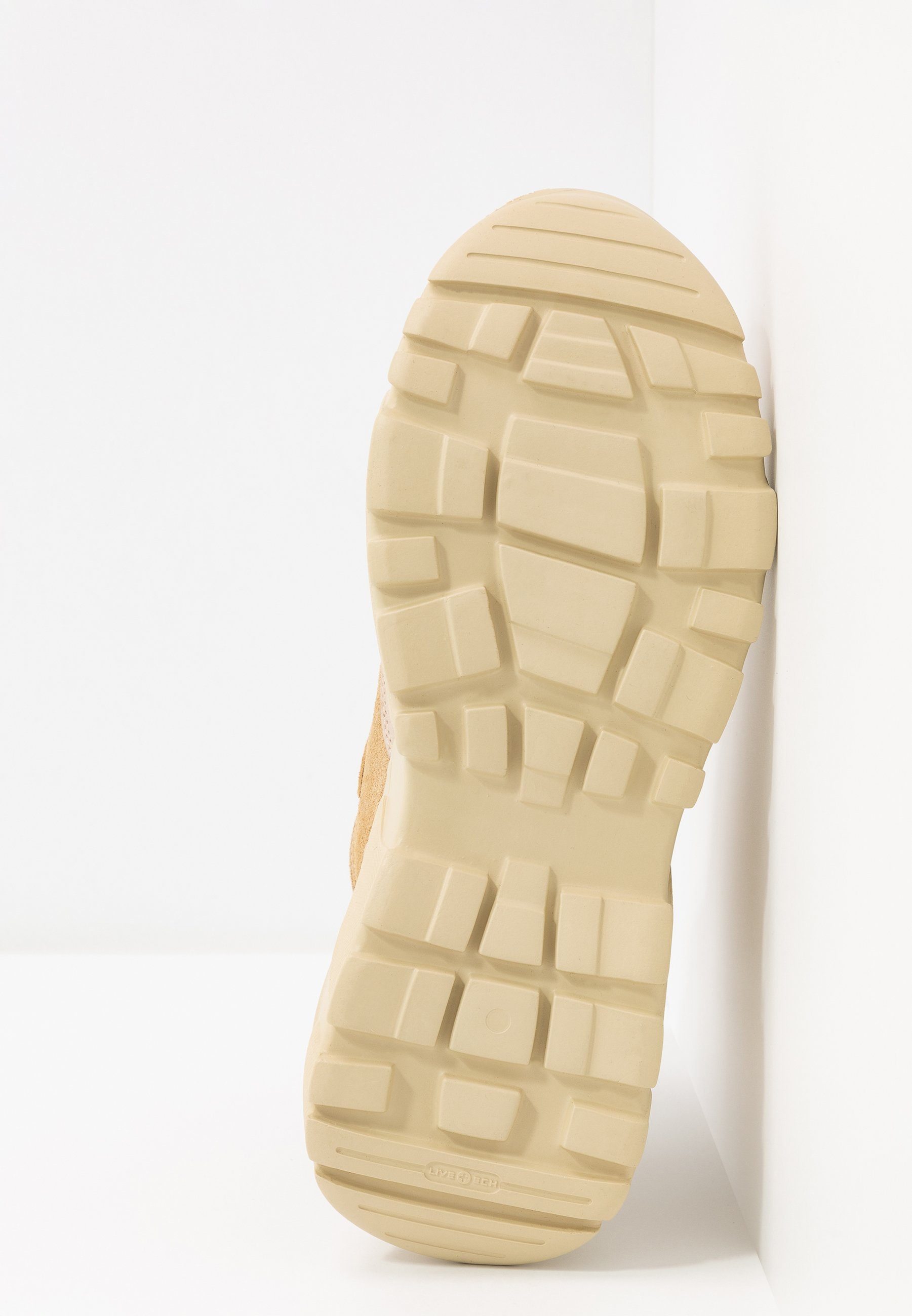 Garment Project Zina - Baskets Montantes Sand