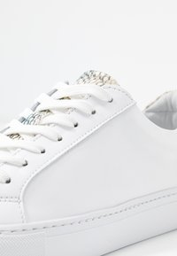 GARMENT PROJECT - TYPE - Trainers - white - 2
