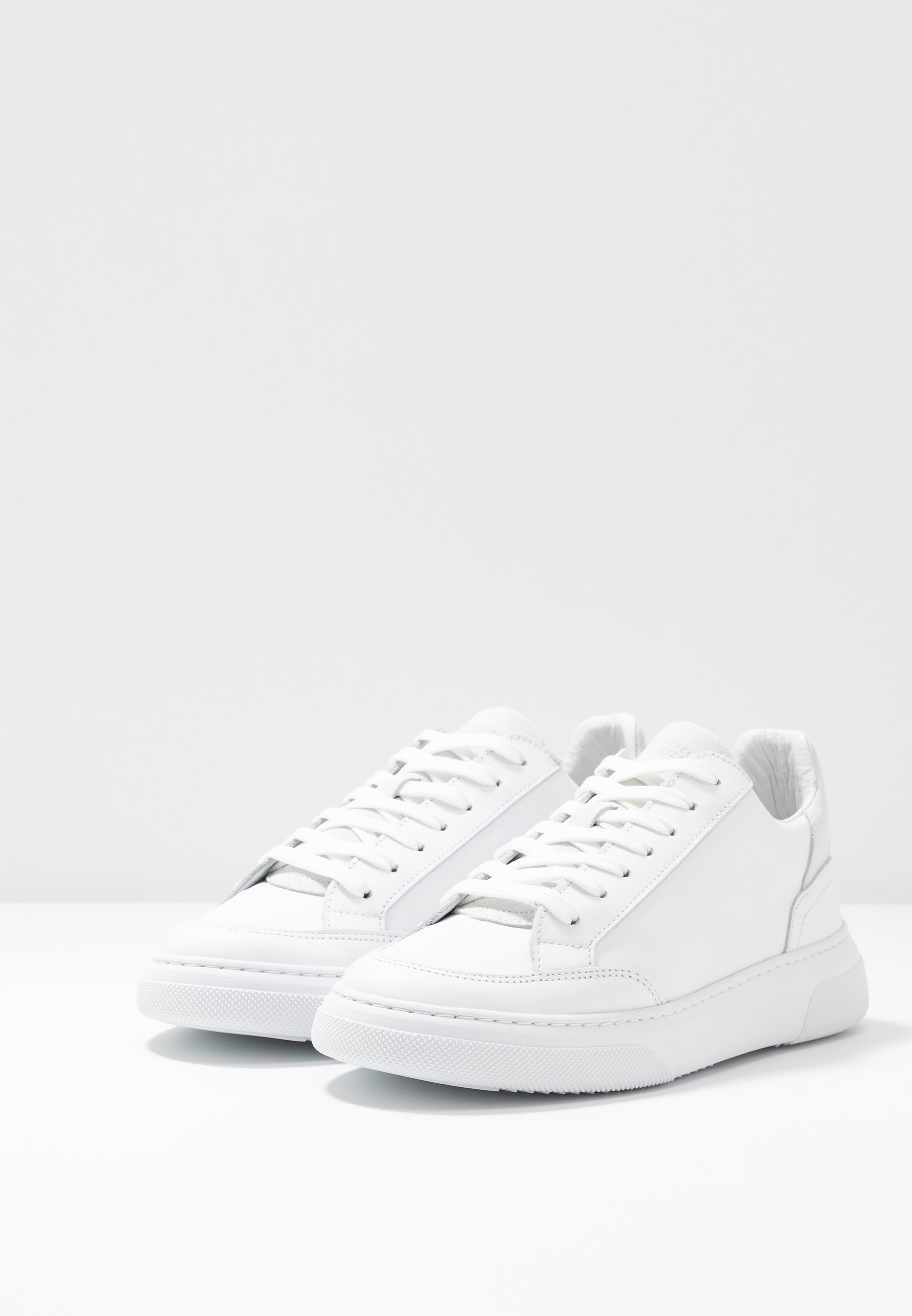 GARMENT PROJECT Sneakers - plaster/white