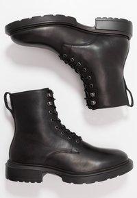 GARMENT PROJECT - MILI LACE BOOT - Botines con cordones - black - 1