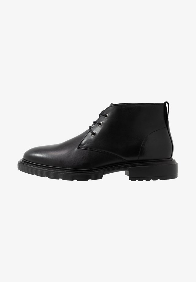 WILLY DESERT - Casual lace-ups - black