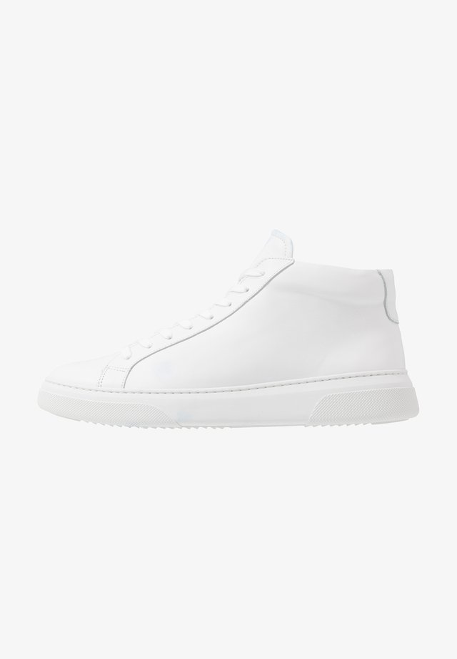 Höga sneakers - white