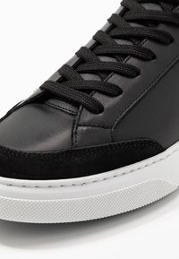 GARMENT PROJECT - OFF COURT - Sneakers laag - black - 5