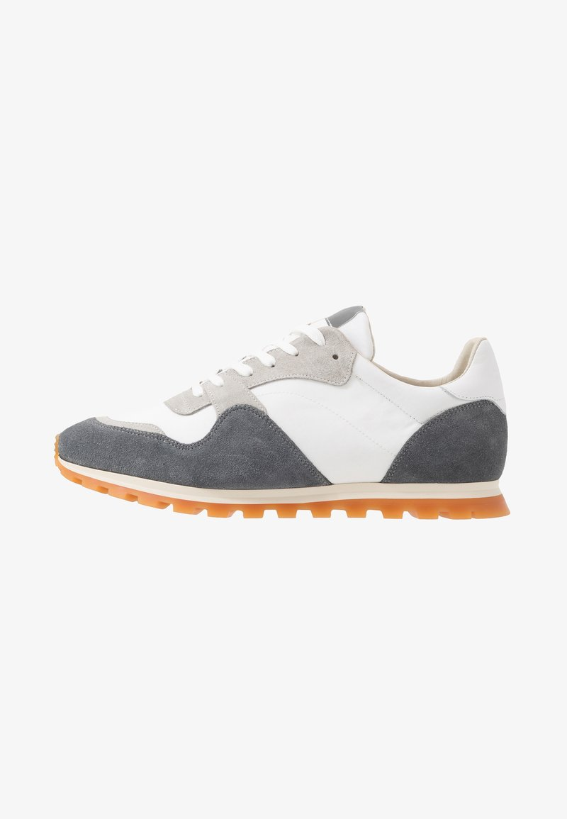 GARMENT PROJECT - 80' VINTAGE RUNNER - Trainers - brain/white