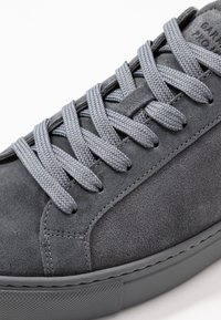 GARMENT PROJECT - TYPE - Trainers - brain - 5