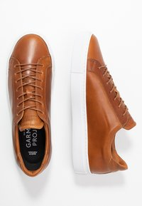 GARMENT PROJECT - TYPE - Trainers - cognac - 1