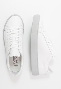 GARMENT PROJECT - TYPE - Sneaker low - white/light grey - 1