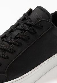 GARMENT PROJECT - TYPE VEGAN - Sneaker low - black - 5