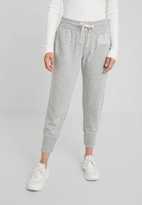 GAP Petite - Pantalon de survêtement - light heather grey - 0