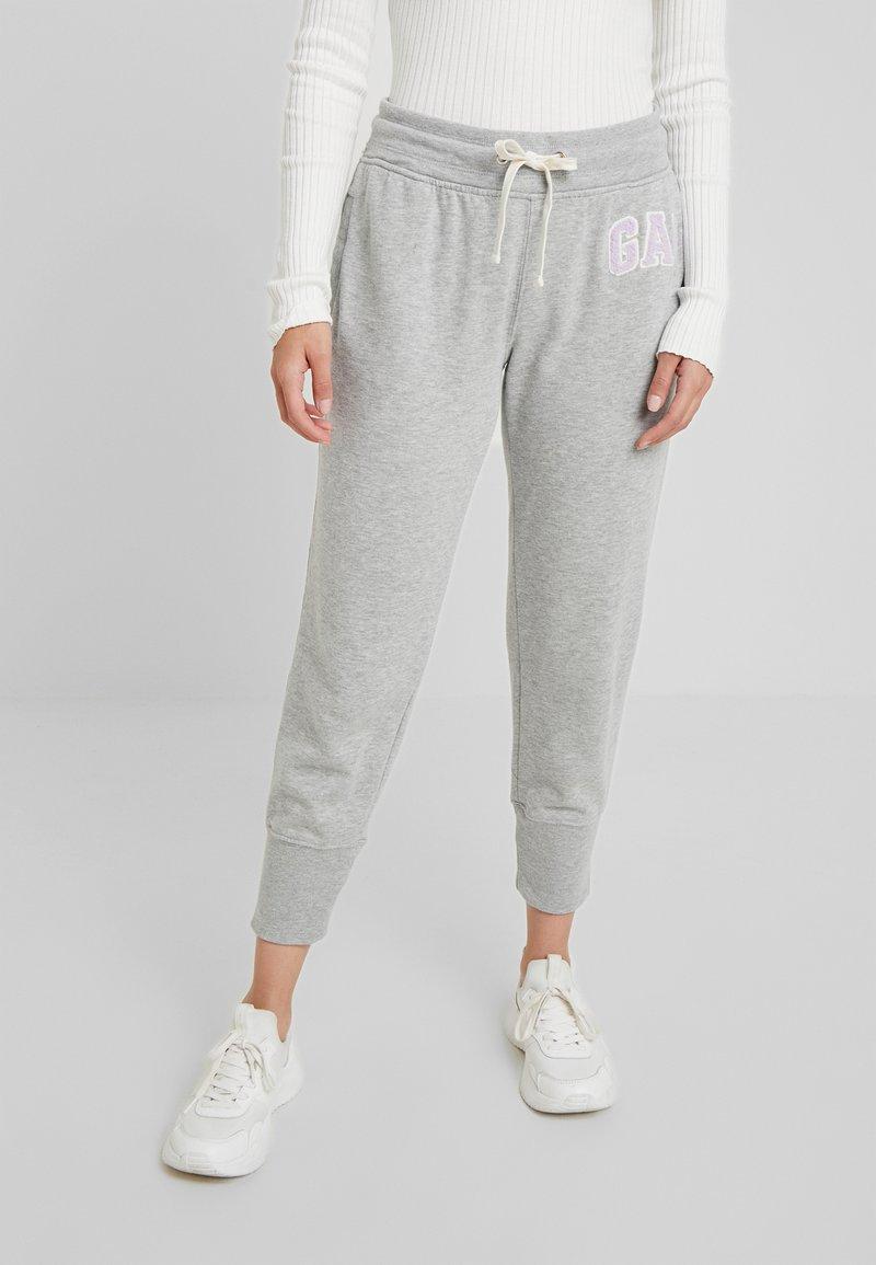 GAP Petite - Pantalon de survêtement - light heather grey