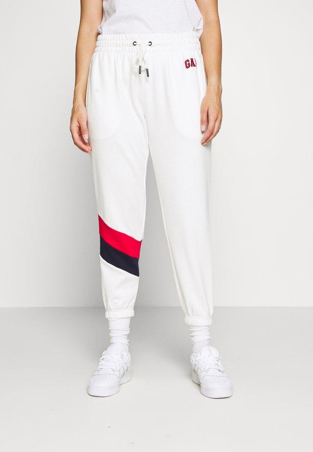 USA - Teplákové kalhoty - milk 600 global