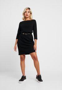 GAP Petite - BOATNECK DRESS - Fodralklänning - true black - 2
