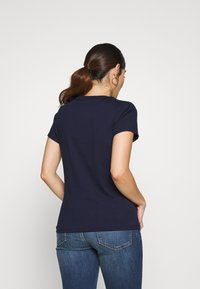 GAP Petite - TEE - Camiseta estampada - navy uniform - 2