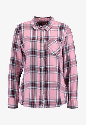 DRAPEY PLAID - Button-down blouse - pink combo