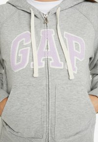GAP Petite - Jersey con capucha - light heather grey - 5