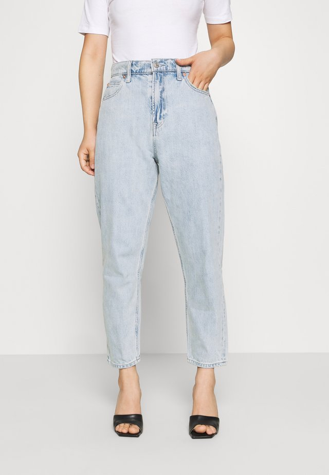MOM JEAN CASPIAN - Jeans baggy - light indigo