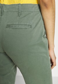 Gap Tall - Chinos - olive - 4