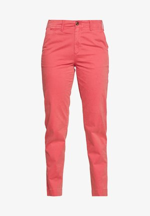 Chino - earthenware red