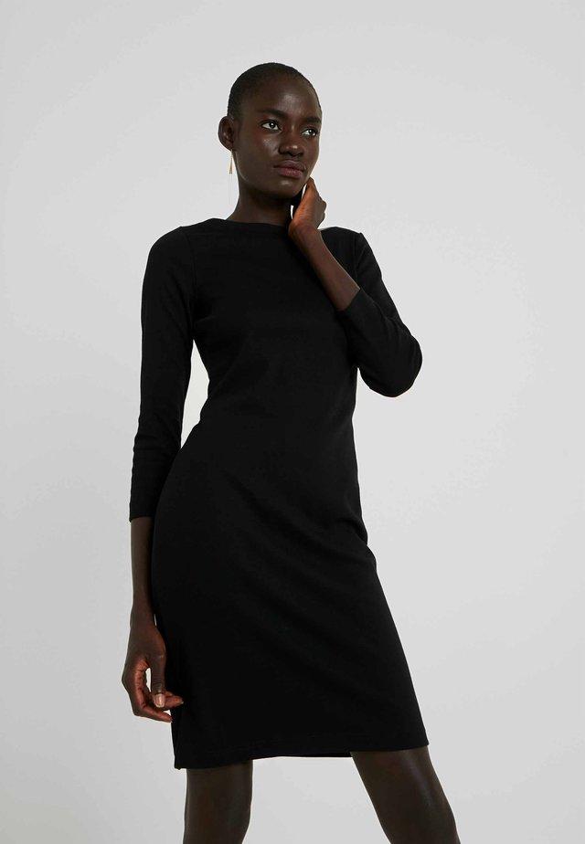 BOATNECK - Jerseyklänning - true black