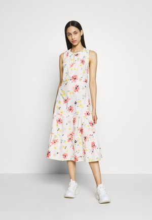 PINTK MIDI - Day dress - white