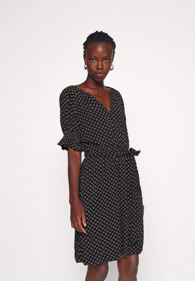 TIE WAIST - Korte jurk - black