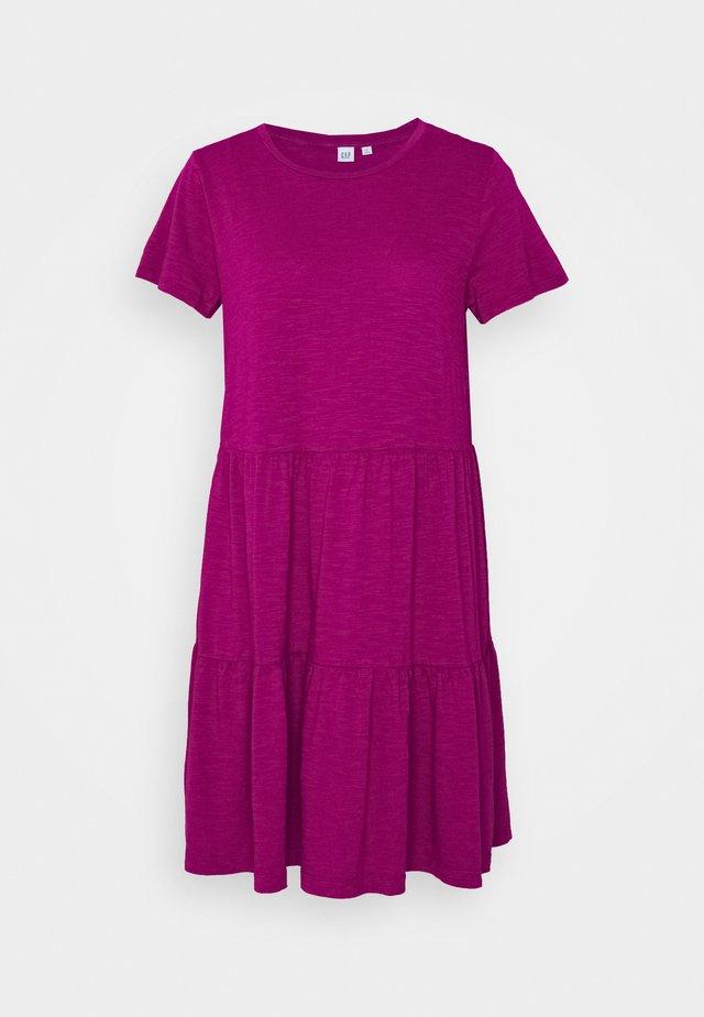 Day dress - ruby pink