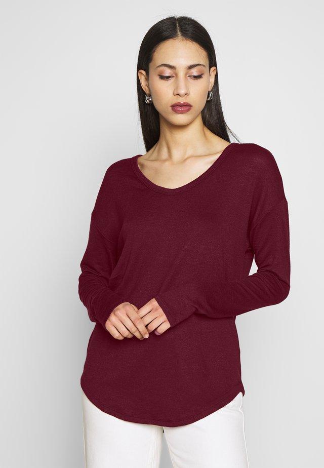 SFTSPN - Sweter - bell burgundy
