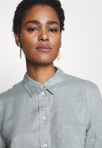 Gap Tall - Button-down blouse - sage