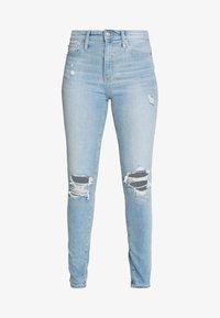 Gap Tall - SKIMMER POM DEST - Straight leg jeans - light indigo destroy - 4